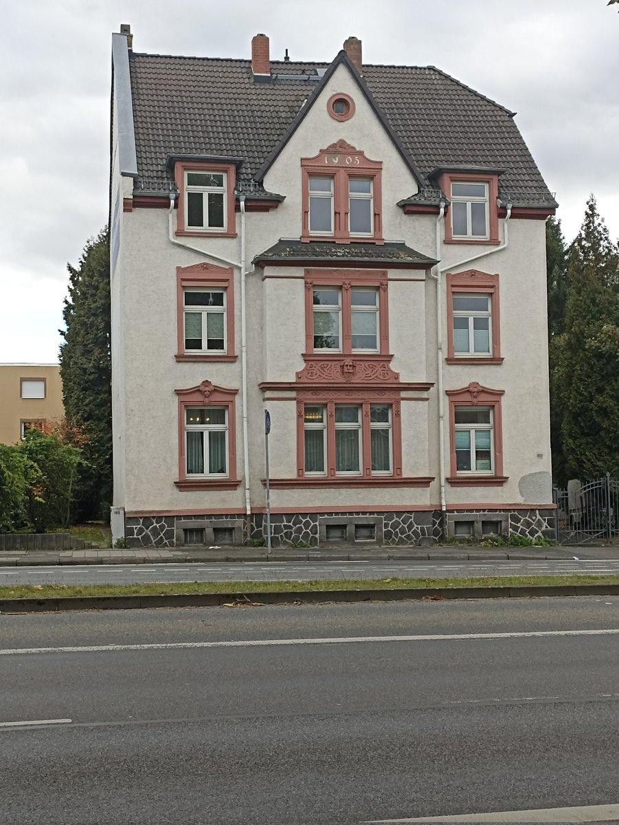 Sanırım 1905 yılında yapılmış bir bina. Buralarda çoğu ev bu şekilde. #Germany
