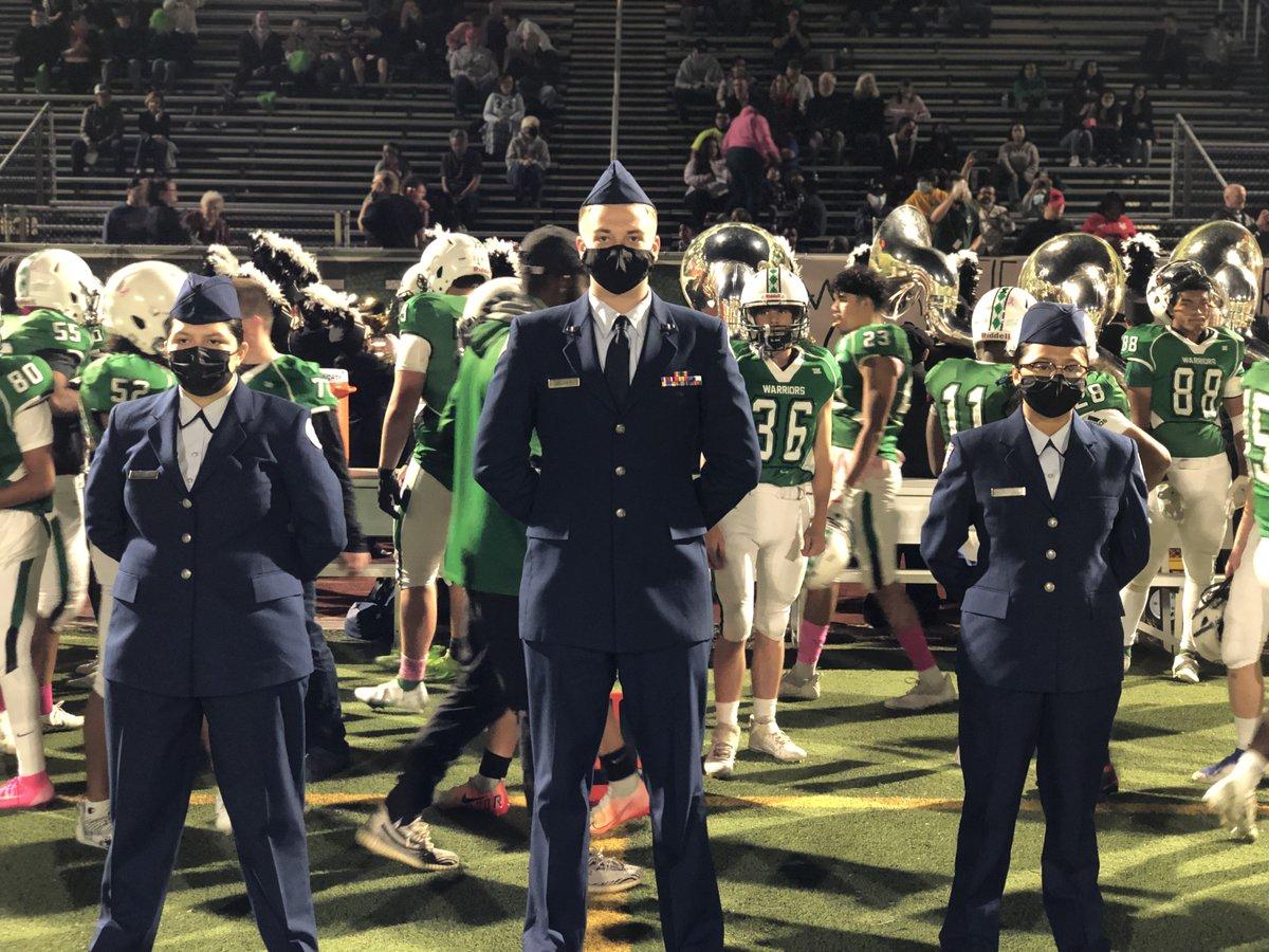 RT @ VA821 : Más fotos de la Guardia de color del viernesAPSCareerCenter '> @APSCareerCenter https://t.co/IYOtKsn0Qy