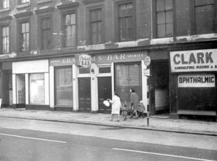 #Shoap - Graham's, Cathedral Street, #Glasgow, 1963. (GCC Archives)