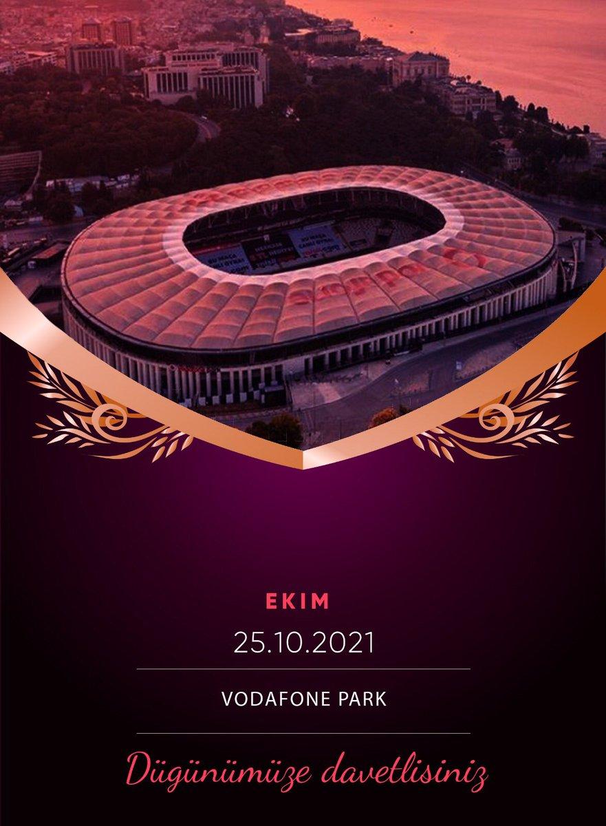 Bugün kınamız yarında düğünümüz var arkadaşlar. Hepinizi bekliyoruz..   #BJKvGS #BeşiktaşınMaçıVar   #OtobanKenarındaKınaGecesi