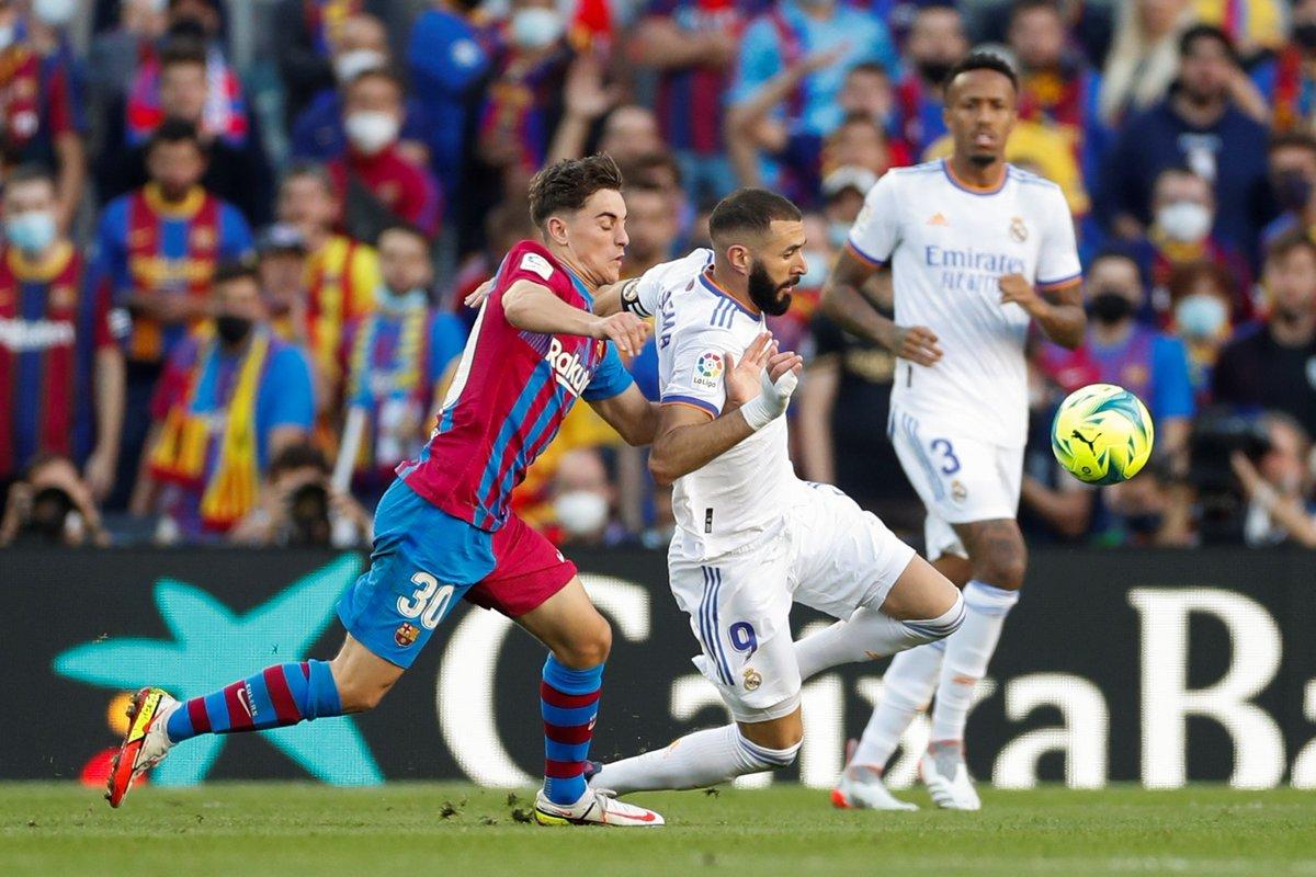 ريال مدريد يحسم موقعة الكلاسيكو بثنائية في برشلونة على كامب نو