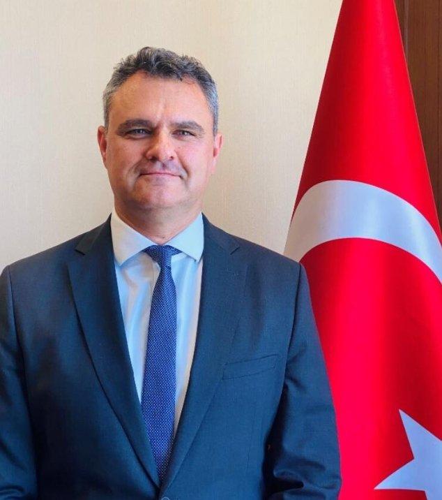 """Türkiye Cumhuriyeti BAE Büyükelçisi Tugay Tuncer, ülkesinin """"#Expo 2020 Dubai""""ye katılımının BAE ile ilişkileri güçlendirmede yeni bir dönemi temsil ettiğini söyledi. #UElkeİflasEdiyor  turkiye24.net/expo-2020-duba…"""