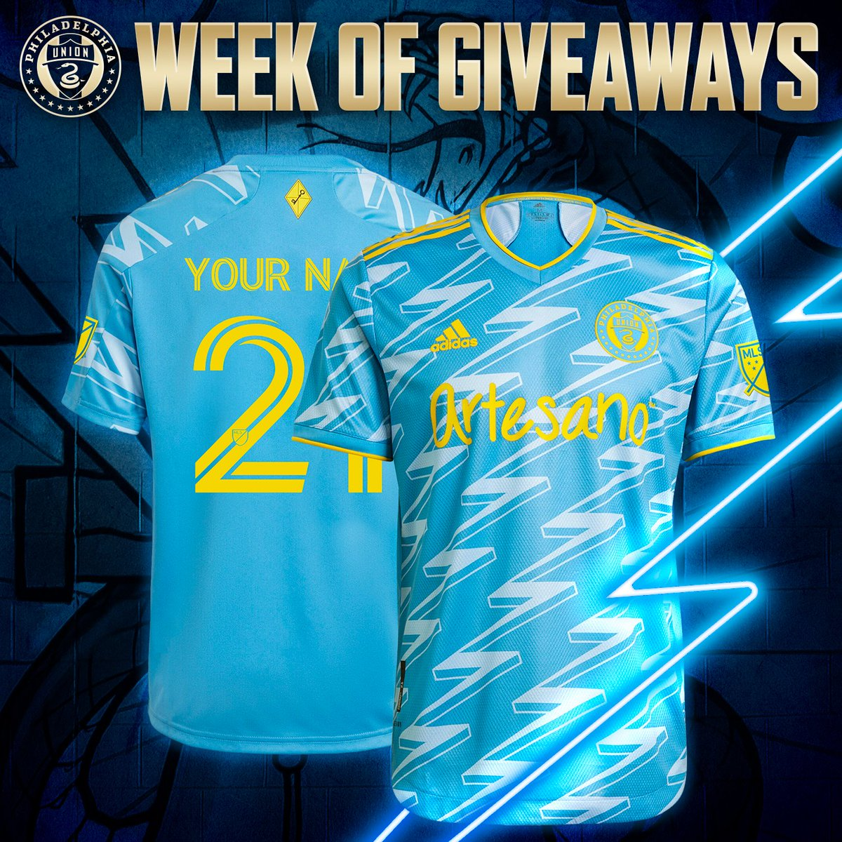 U THANKS U! 💙 Day 1 our annual Week of Giveaways! First up, enter to win a customized BY⚡️U kit! 🔁 RT 💙 Like 💬 Reply with your preferred size, name & number ✅ GOOD LUCK #DOOP