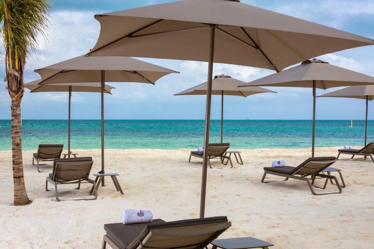 Un sofisticado refugio para los residentes de #SLSCancun, departamentos en #venta frente al mar Inf☎️9981685141 #SLS #Cancún #RetweeetPlease #playas #brisa #felicidad #naturaleza #moderdesign #buceo #scuba #loveart #departamentos #PuertoCancún #highlife
