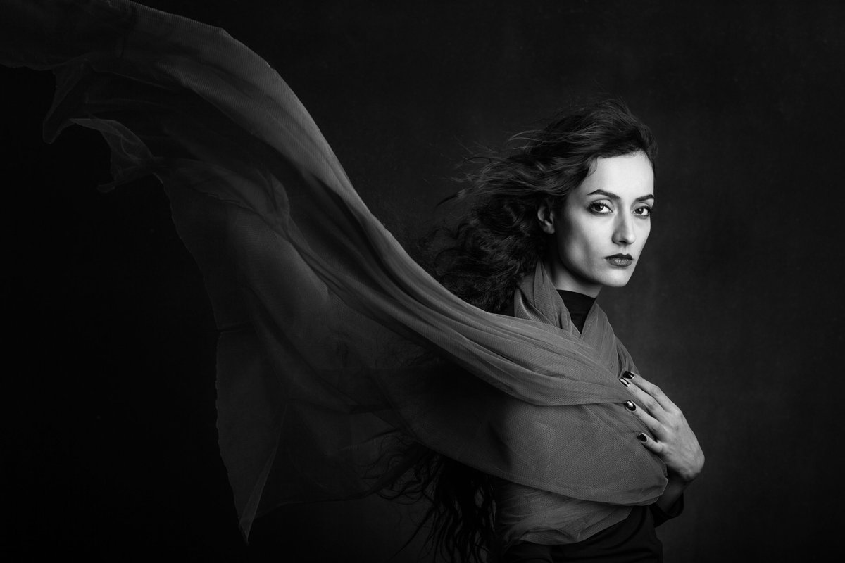 Rojine -  By Mehdi Mokhtari Published on the Elite Gallery @  #Black #Face #Blackandwhite #Beauty #Darkness Let's spread beauty, Please RT #100ASAOfficial