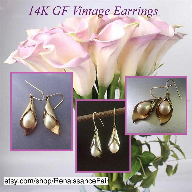 #earrings #vintage #Frenchhook #14kGF #goldfilled #glasspearls #teardrop #designer #palegoldtone #whitepearls #dangles #giftforHer #floral #CallaLily #leaves #wedding #bridal