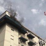 Image for the Tweet beginning: #notizie #sicilia In fiamme appartamento a