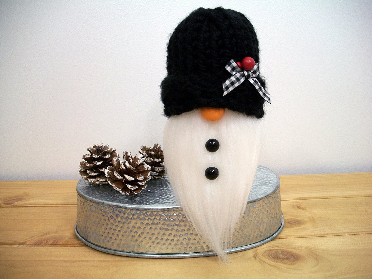 This cute snowman gnome is a great addition to your wintertime and holiday décor, and makes the perfect #Christmas gift for that special someone in your life.    #handmade #etsyshop