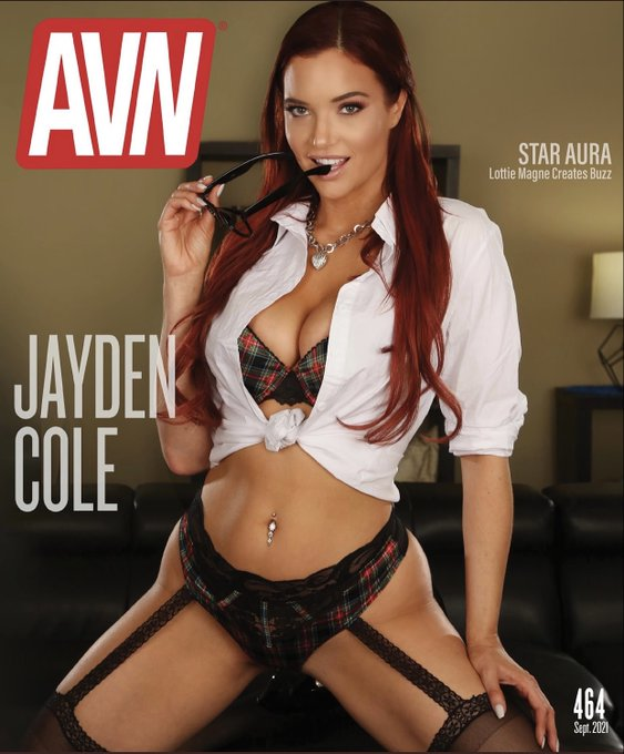 Giving away a canvas print of last month's  @AVNMediaNetwork  cover & a 5-min custom this Tuesday night