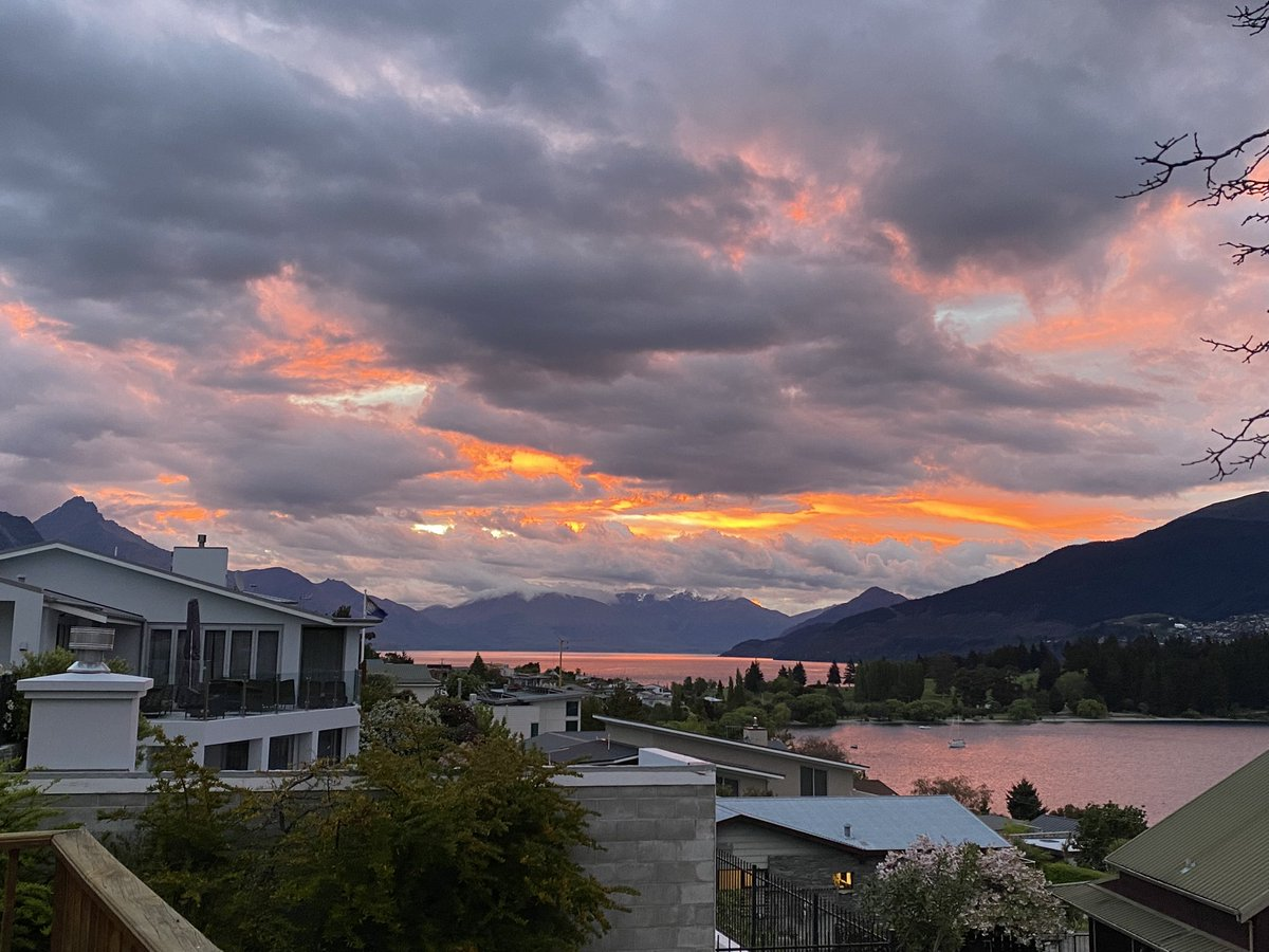 Amazing sky here in Queenstown tonight. It's a something is coming sky.