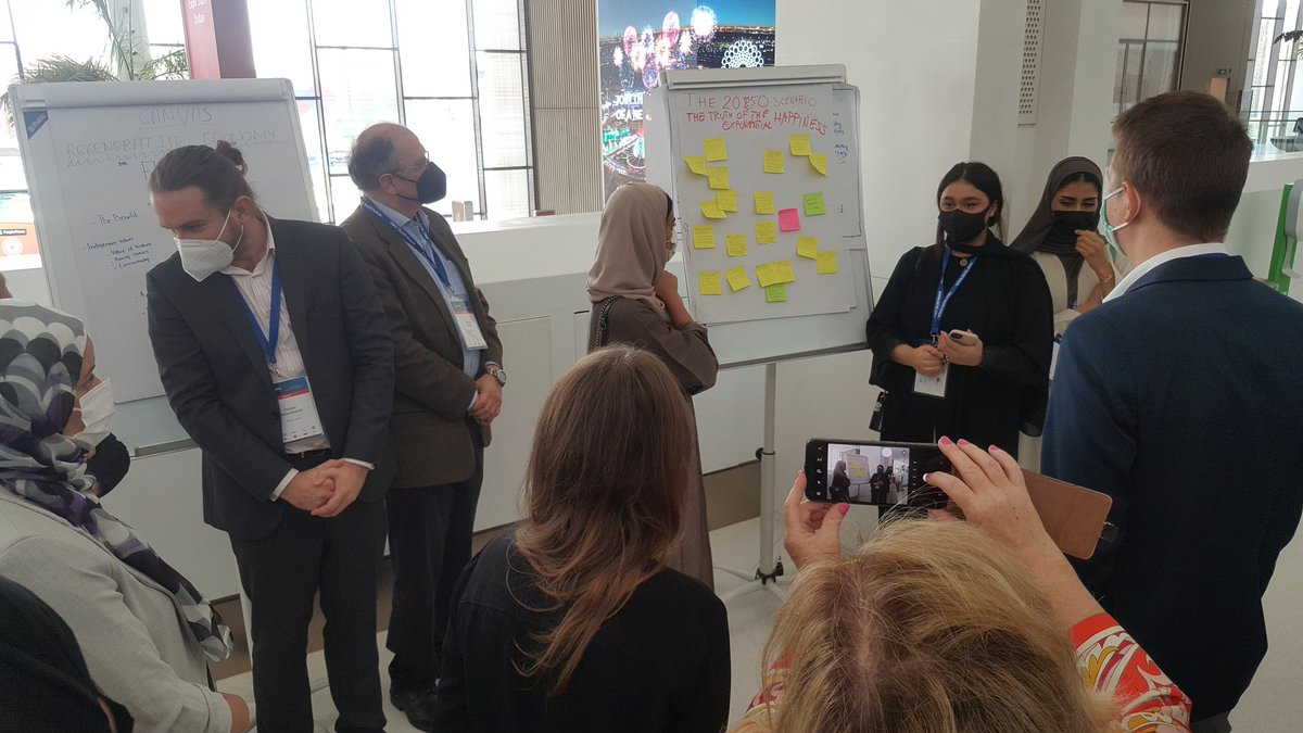 3rd day of #GSTIC Conference at @dubaiexpo2021 - our workshop on 'The democratisation of #technology: paving the way towards a desirable 2050 #future' with @nosarzewski4CF @SandraPiesik the @4CF_foresight team and @prospektiker & @MillenniumProj