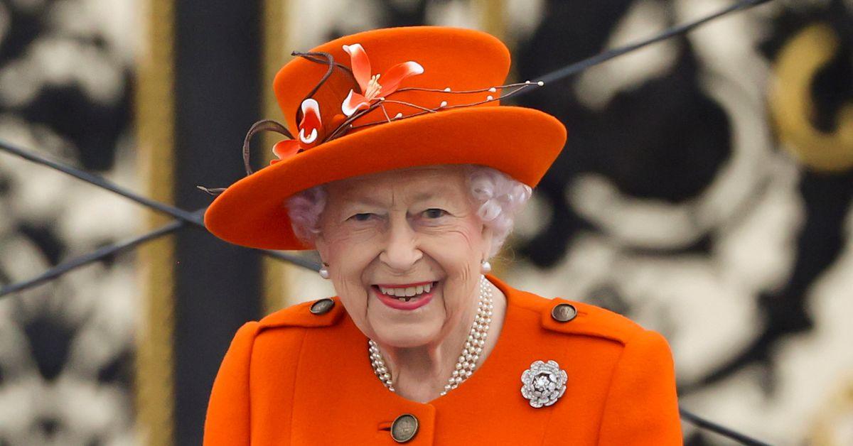 RT @Reuters: UK's Queen Elizabeth pulls out of COP26 following advice to rest https://t.co/mx9O6FSwsc https://t.co/T6pMH2EKlB