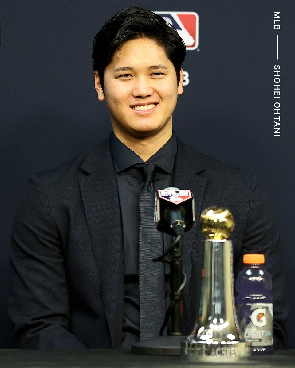 Ahead of Game 1 of the World Series, Shohei Ohtani was presented with the Commissioner's Historic Achievement Award 🏆 The award is given to a group or person who has made a 'major impact on the sport' of baseball.