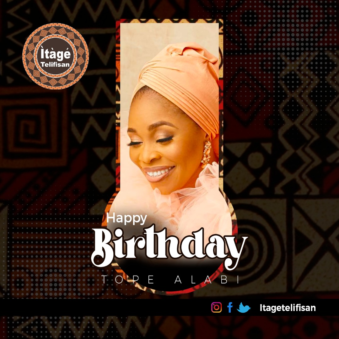A ki olorin ihinrere rere @tope_alabi_ ku ojo ibi lati Itage Telifisan . Happy Birthday to the beautiful gospel singer @tope_alabi_ Wishing you all the best in this new age.  #Cross | #snapchat | #30gb https://t.co/MGWwecrg0t