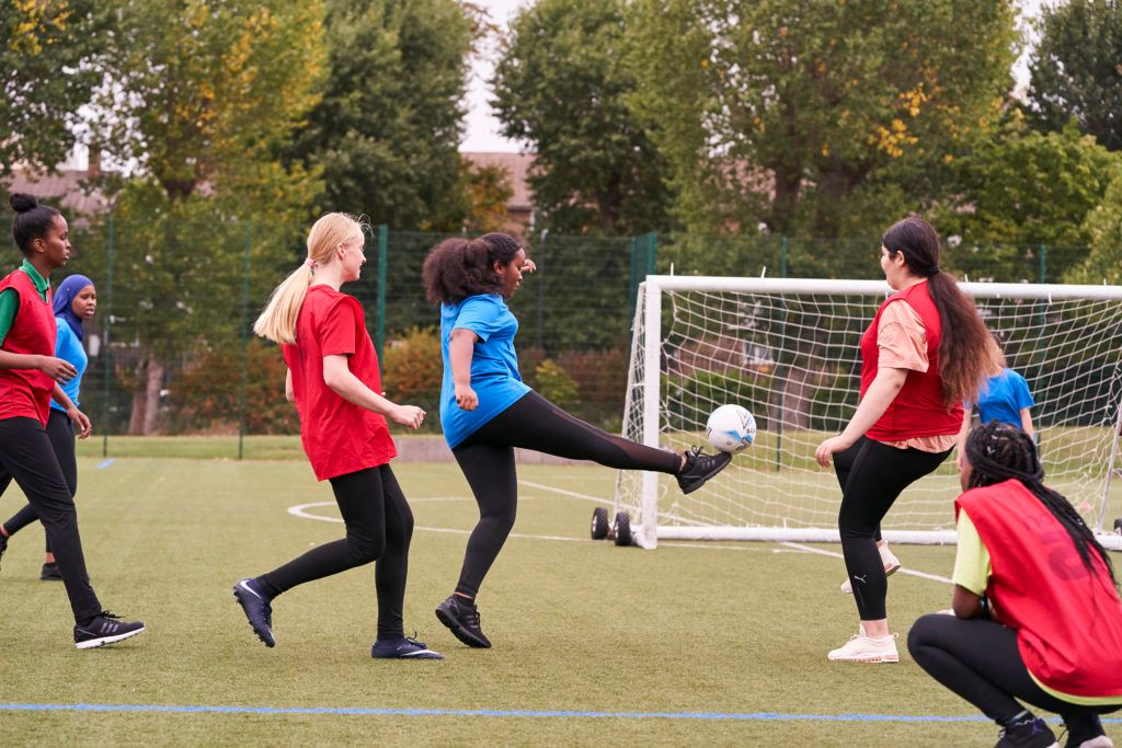 Are you passionate about recreation, sport & physical activity with an understanding of the benefits that sport & activity have on young people? @Cherwellcouncil are looking for a full time Youth Activator. More details & applications here 👇 https://t.co/kAuM2SCTBe