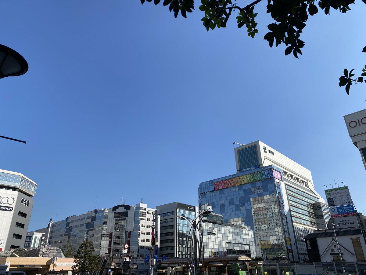 test ツイッターメディア - 錦糸町の駅前でポケモンGOしながら行き交う人々を見ているだけで1日過ごせるわ https://t.co/gJcoRIchyB