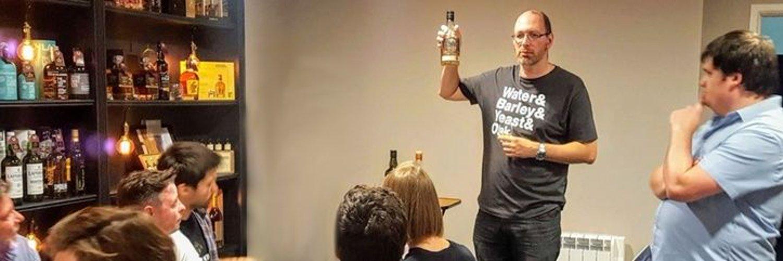 🥃Love whisky, I tweet & blog my thoughts & tasting notes. Enjoy the banter & debate! Founder #BlindDrams Consortium. Fanboy of Glen Scotia, Loch Lomond & Bains