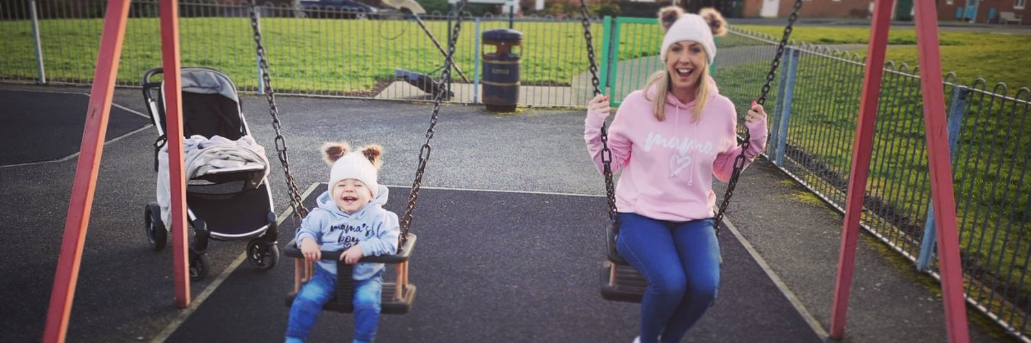 Friends & family of #SuperGeorge, 3 year old George Arthur Parkins, who raised £38,000+ for @NUHneonatal. Tweets by his proud & grateful mummy, Sophie.