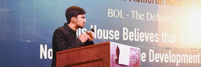 |Doctor,Aligarh Muslim University|Dentist, ZADC| |Orator @udlc_amu| Founder @Shineinsmile|Member @officialpmsf|