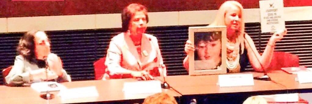 @Kate_Kelly_Esq @CarolynBMaloney @RepSpeier @Alyssa_Milano @VAratifyERA @ERA_NC @USATODAY Remember #Arizona! Onwa… https://t.co/ALdJQi7eJ8