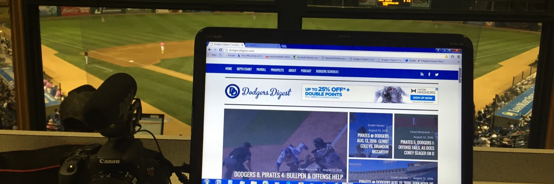 Writing words, taking photos & making videos for @DodgersDigest & DishingUpTheDodgers on YouTube | @USCCinema Alum. | Bat Flip Apologist