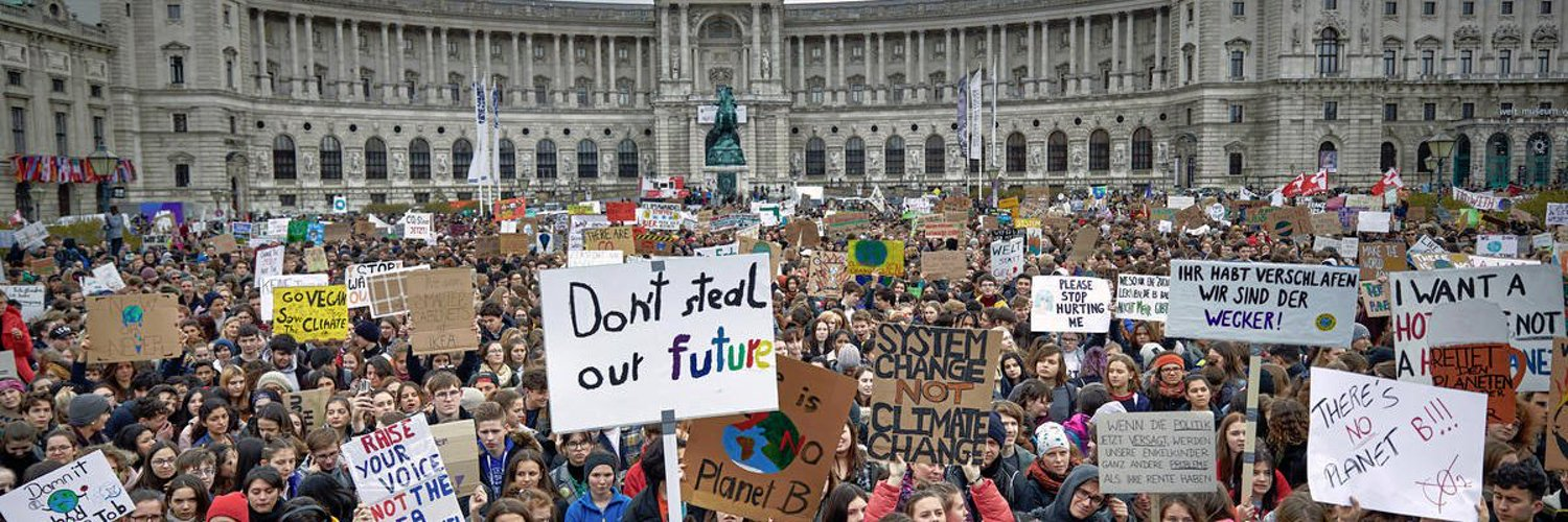 We are the UK campaign for the #FridaysForFuture movement. Next strike on 13th March! Campaign run by @UKSCN1.