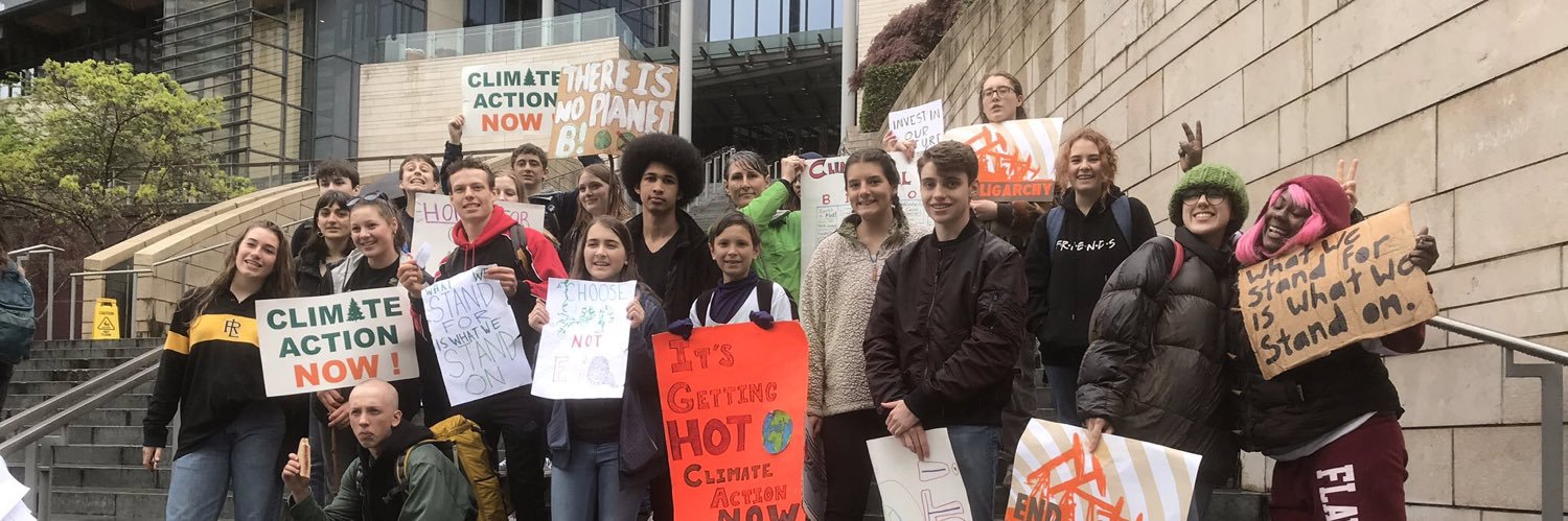 The #ClimateJustice movement is only getting stronger! It was great to see some new faces at the #FridaysforFuture… https://t.co/BygBwM4cIw