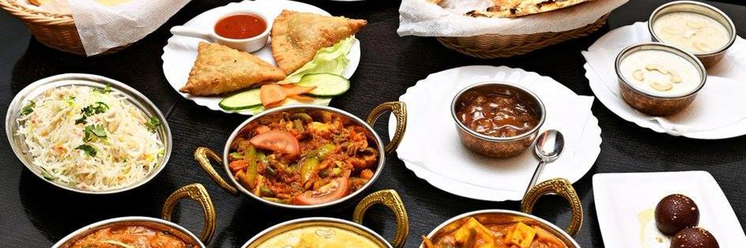 Mala India is an Indian restaurant,offering wide range of dishes prepared from meats, vegetables & prawns.