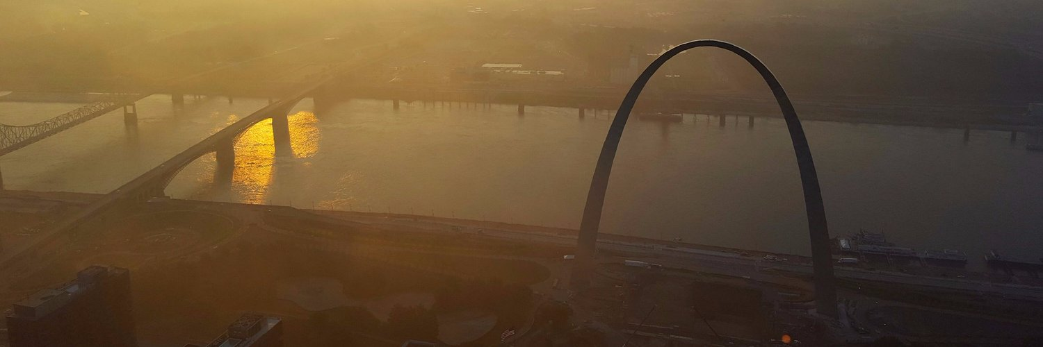 In the St. Louis metro area, fall foliage typically peaks towards mid to late October, but this year may be different and St. Louis weather may be to blame.​ fox2now.com/2019/09/24/fal…