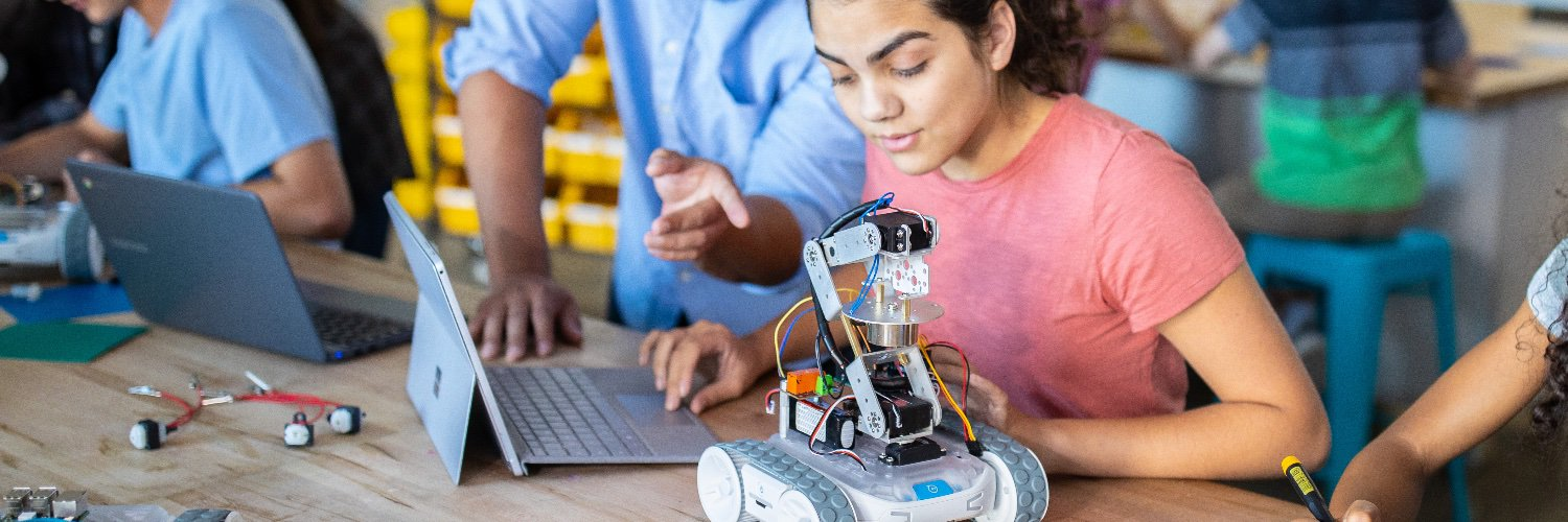 Creative Trust is a not-for-profit trust, that assists in creating equitable access to STEAM technologies to expand future pathways for NZ youth.