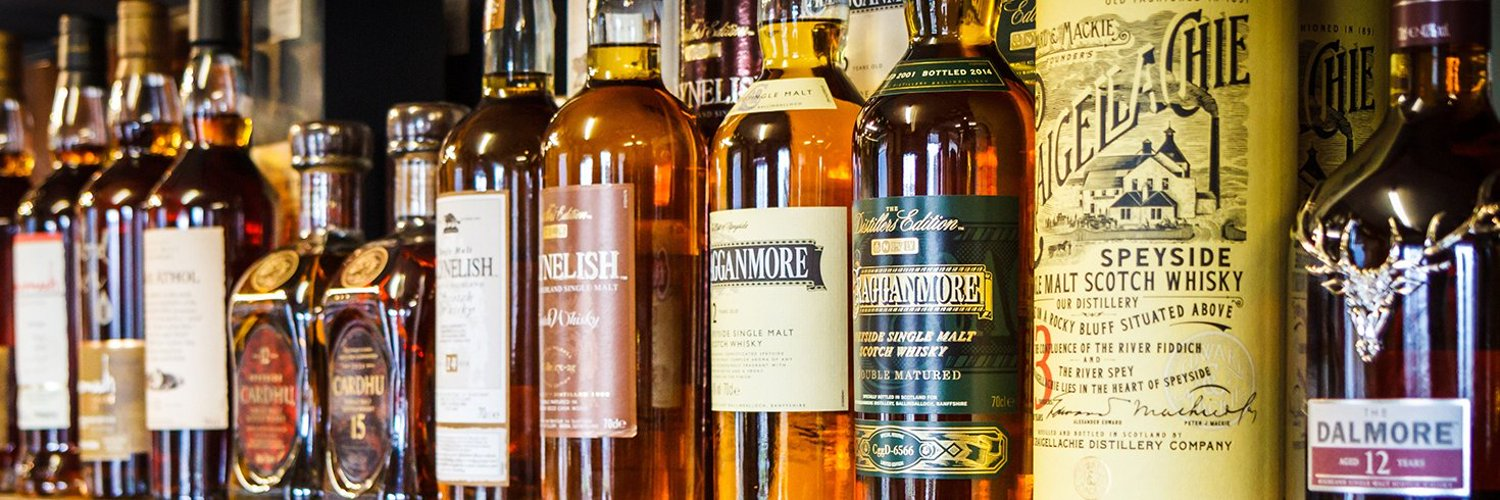 Hubby, Daddy and Novice Whisky drinker/YouTube reviewer reviewing whiskies in a budget price of £50 or below.