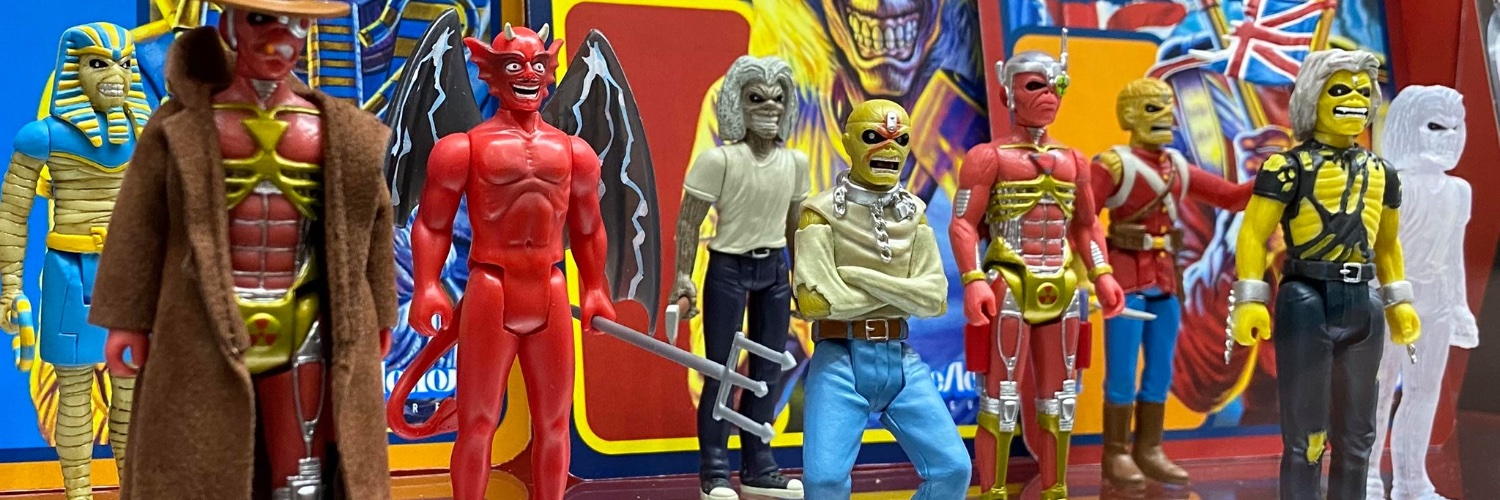 Raised on the best toys, cartoons, video games, and horror. Collect & Destroy is dedicated to the mission of never growing up! Toys, Metal, Film, Podcast, More!