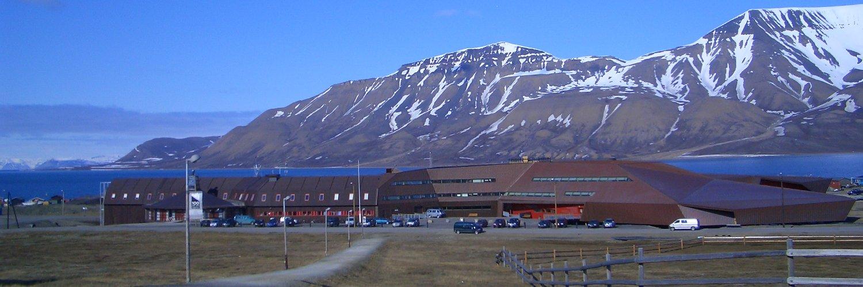Universitetssenteret på Svalbard's official Twitter account