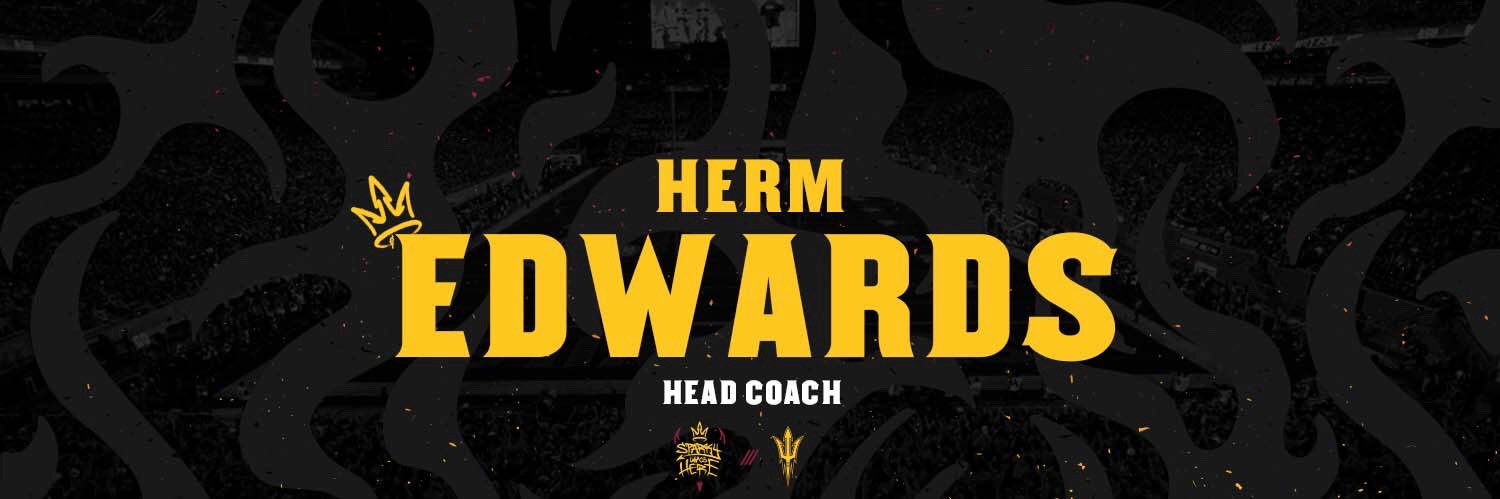 Congratulations on your first career TD! @THE2ERA 🔱🔱🔱🔱 #ForksUp