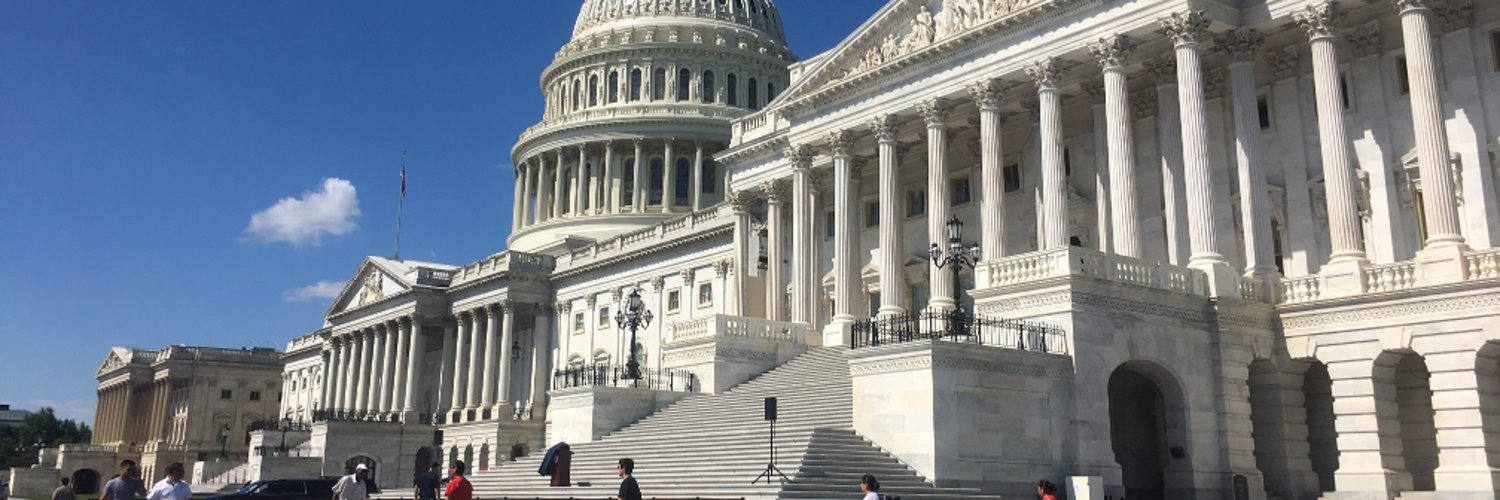 I cover Congress for NPR. And sometimes other stuff. Co-host of the NPR Politics Podcast.