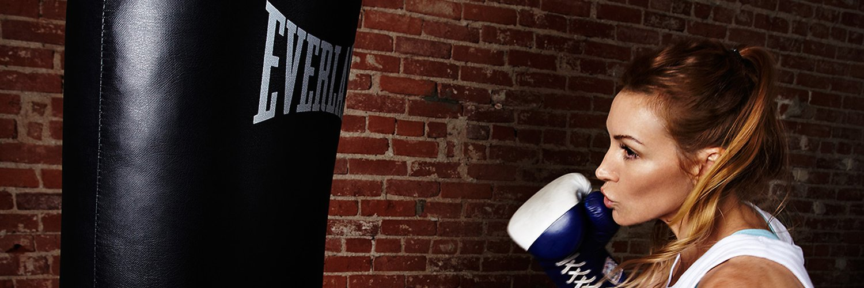 Tabata Boxing Workout- Bonus Boxing Combinations youtu.be/ZF79kKr7B4k via @YouTube
