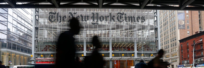 NYT Business (@nytimesbusiness) on Twitter banner 2007-03-21 14:49:39