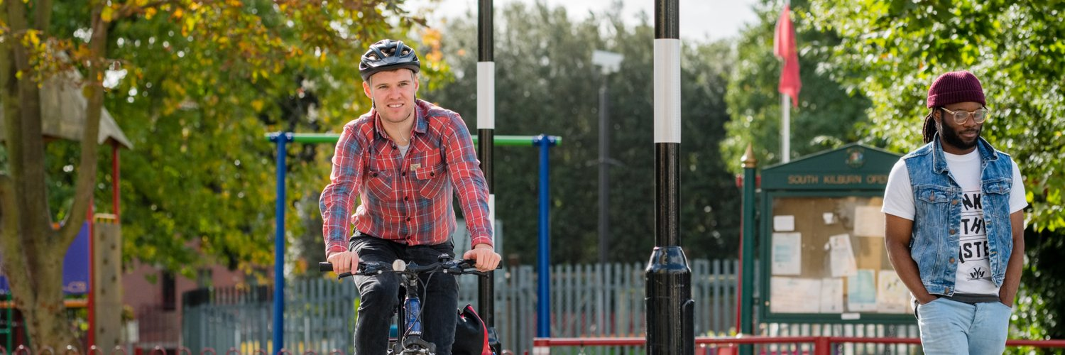 Main Twitter account of Sustrans, the charity that's making it easier for people to walk and cycle. Join us on our journey.