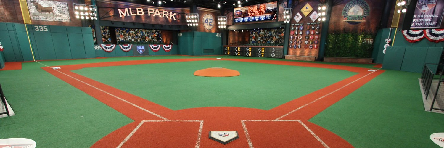 Dingers and more are coming up on #QuickPitch with @KellyNash! pic.twitter.com/SmSEn8TH5g