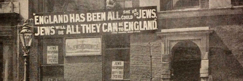 They certainly did... amazon.co.uk/House-Glass-se… twitter.com/HadleyFreeman/…