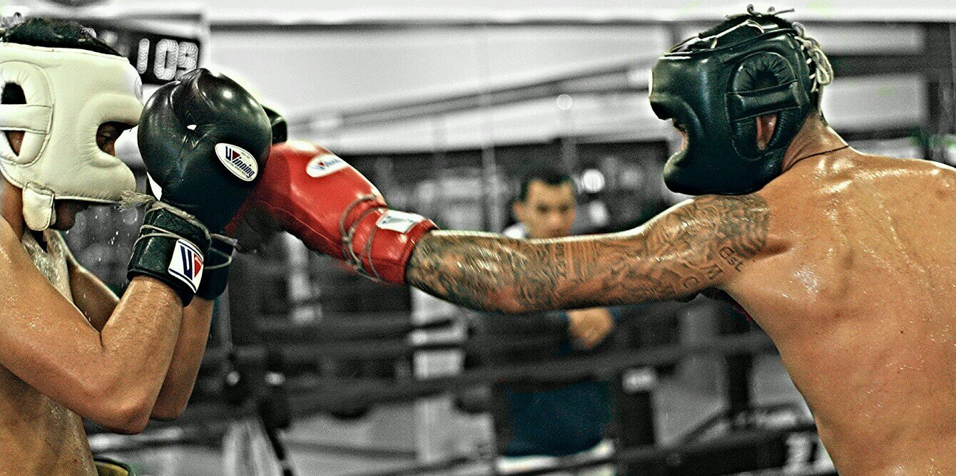 hurricaneboxing Photography #boxinglink #boxing @ Benavidez Boxing Gym instagram.com/p/BCbhpSQiNh2/
