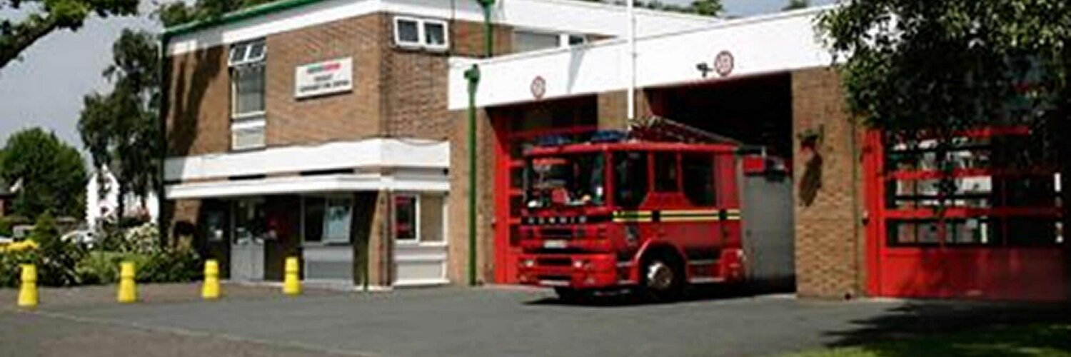 Official @westmidsfire Community Fire Station serving the people of Billesley and the surrounding area. In an emergency, always dial 999.