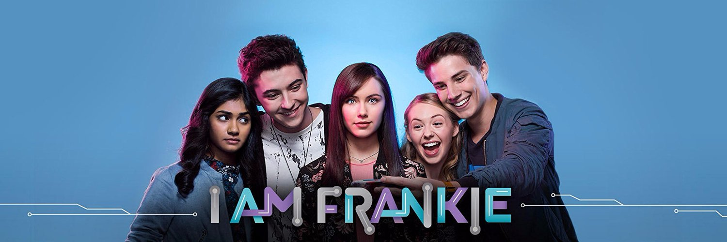 Tiny but mighty 💋 Dayton on Nickelodeon's 'I am Frankie' 🤖