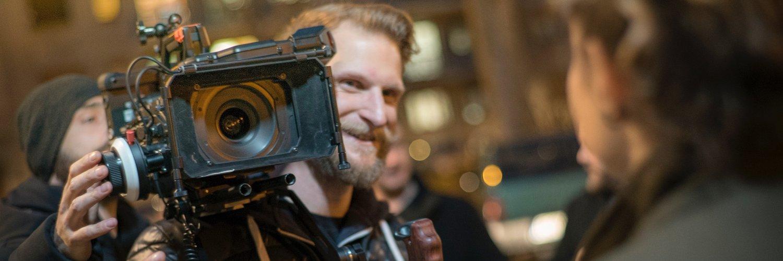 #ursaminipro shoulder mount @ #film day with #ferrafilm #sigmaart1835 #cinematics #formatthitech… instagram.com/p/BSEqMXmjLBg/