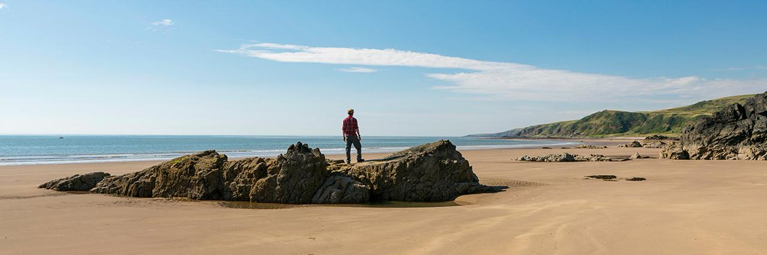 Visit South West Scotland for your next holiday. Great beaches, scenery, biking,golf, food, drink, walking & more...always lots to see & do! #holidays #SWC300