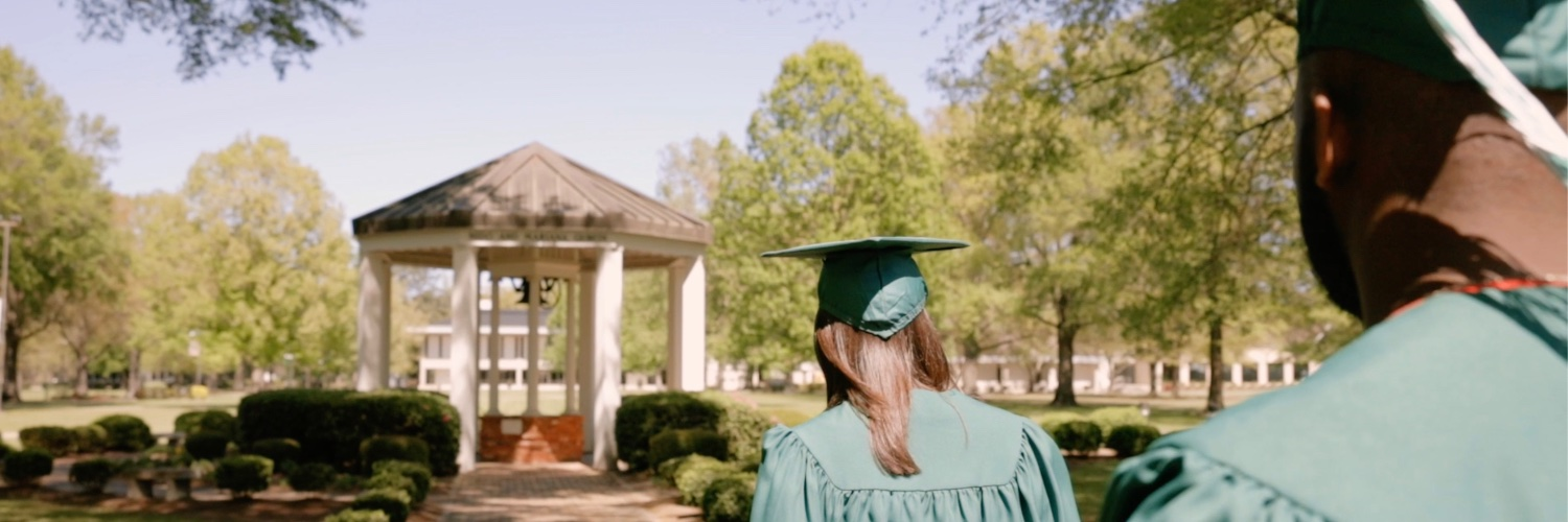 University of Mount Olive's official Twitter account