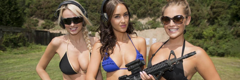 Bikini gun girl — photo 9