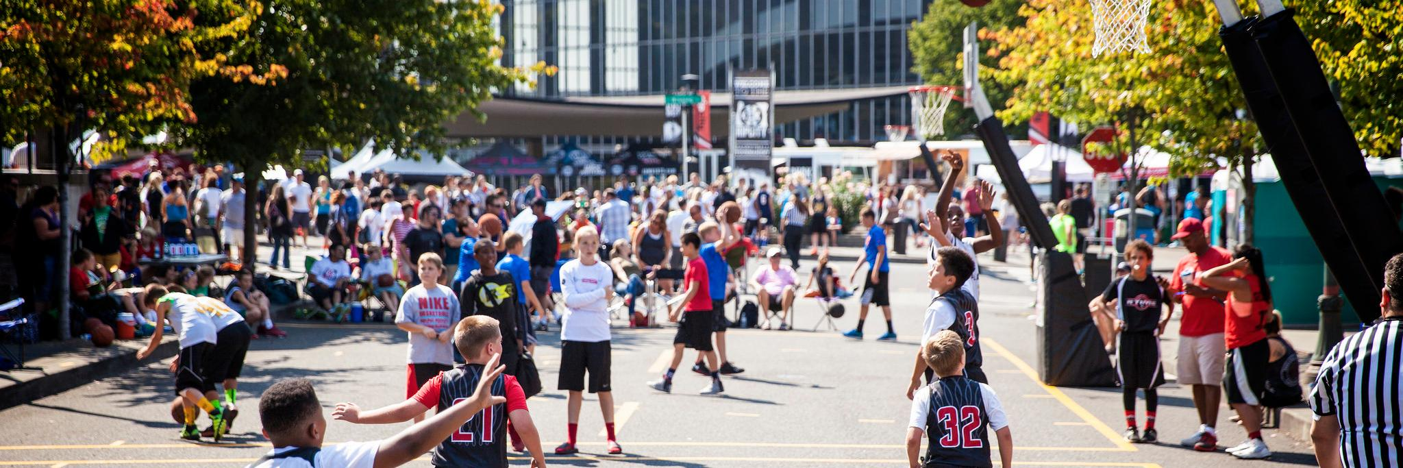 The fifth annual Rip City 3-on-3 basketball tournament returns to the Rose Quarter July 28-29. Registration is now… https://t.co/DwcGRitOqn