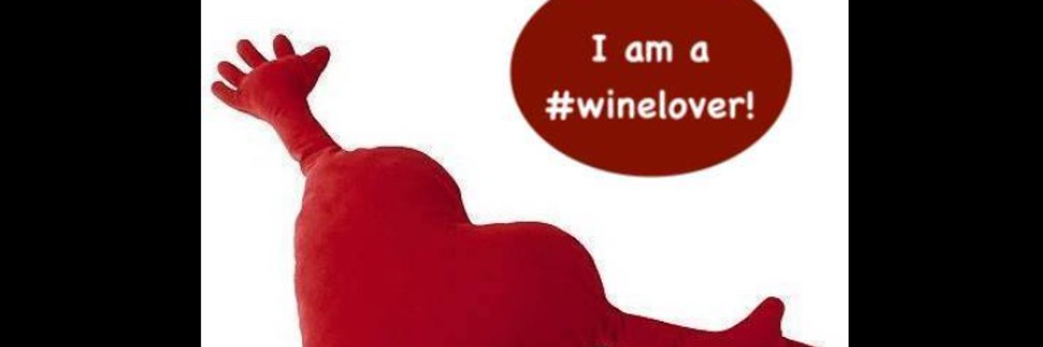 Founder of the #winelover community - Founder of the #LifeLover community. #FoodLover #TravelLover #WTF: #Wine #Travel #Food 🍷✈️🍴 #wineloverFORlife