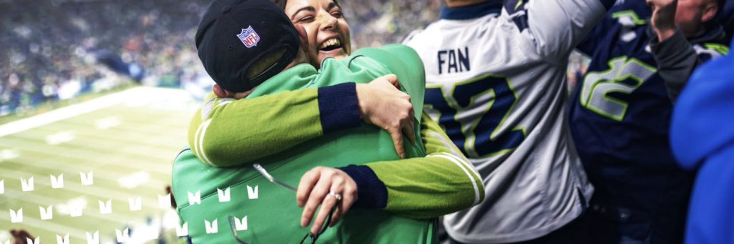 An account dedicated to the world's loudest fans: The 12s supporting the Seattle Seahawks since 1976. Curated by @Seahawks.